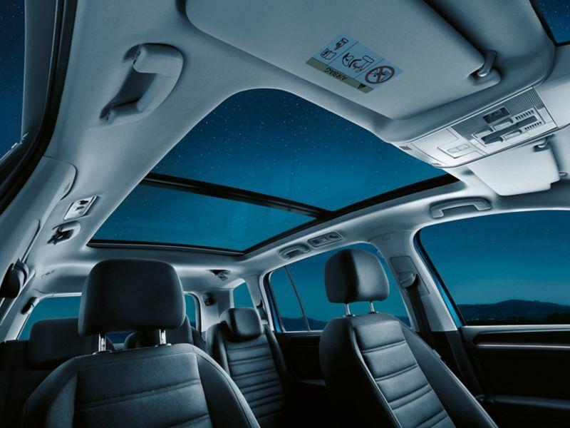 Volkswagen Touran intérieur toit